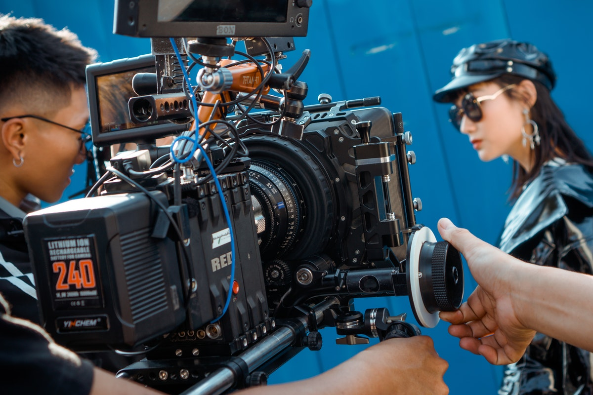 Understanding Terms that Grip Lighting Technicians Use on Set