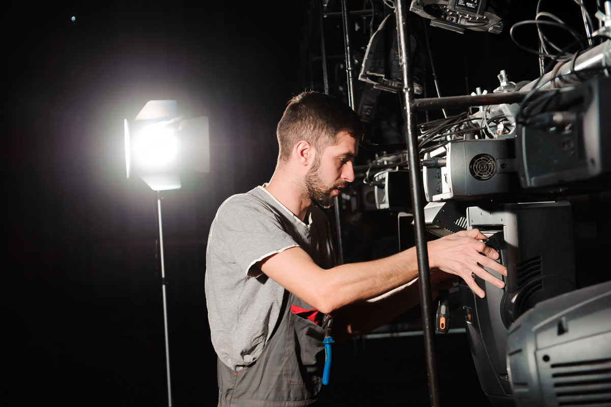 Five Frequently Asked Questions about the Role of a Grip Technician in Film